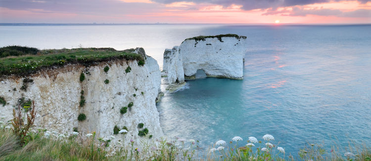 backpacking-dorset-luxury-holiday-cottage-hideaways-old-harry-rocks-2.jpg